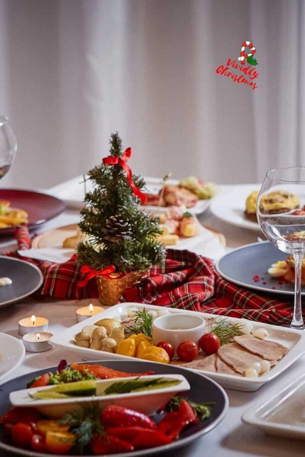 73 Appetizer Recipes for an outstanding Christmas Dinner Menu!